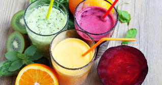 The fresh juices in a healthy diet
